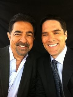 Joe Mantegna and Thomas Gibson