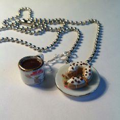 Coffee break necklace