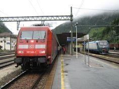 Brennerbahn. Grenzstation Brenner/Brennero Lokwechsel von E101 der DBAG auf E405 der FS.