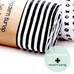 monochrome love #mordenburlap   www.beeniebudsandcoblog.com