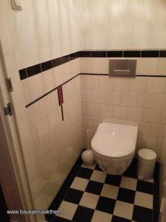 Ik lever diverse tegels en strips aan om een jaren 30 toilet mee te maken. Op foto 1: vloertegels mat van mosa , voor 60 cent per tegel leverbaar in diverse tinten. Het formaat is 14,7x14,7 cm. Op de