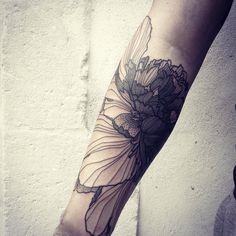 Massive Wild Flower! Done @ Hybridarium - La Rochelle - Big is Better... #wildstyleflower #flowerstattoo #fleur #tatouagedefleur #tatoueur #tattooer #tattooer #tattooartist #tattooart #tattoodesign #artistetatoueur #inkedbyguet #design #dotwork #dotworker #dotworktattoo #designtattoo #guet #graphism #graphictattoo #blackwork #blacktattoo #blackworker #blacktattooart #sorrymummytattoo #hybridarium #hybridariumtattoo #hybridariumlarochelle #tttism