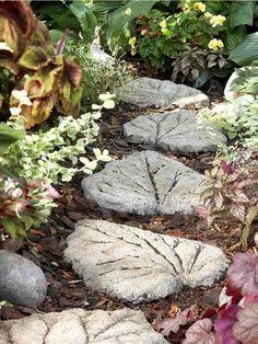décoration jardin pas cher - pas japonais en feuilles de béton décoratives à faire soi-même