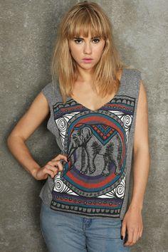 Elefanten bringen Glück :)    Title Unknown Hippie-T-Shirt mit Elefant