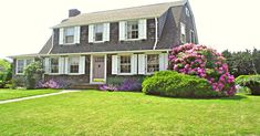 The property 26 Crescent St, Groton, CT 06340 is currently not for sale on Zillow. View details, sales history and Zestimate data for this property on Zillow. Vacation Rental Sites, Vacation Destinations, Vacation Ideas, Beach Fun, Summer Beach, Beach Cottage Exterior, Coastal Landscaping, Coastal Homes, Beach Cottages