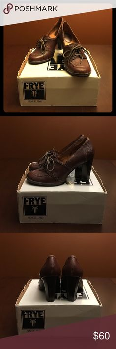 Frye Adrienne Stitch Oxford Frye leather oxfords in dark brown. Beautiful stitching makes it a great fall pair of shoes. Gently worn. Frye Shoes Heels