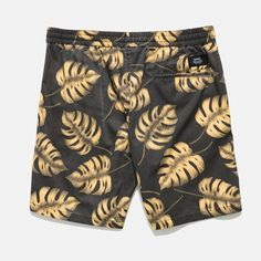 Banks Brand Braise Walkshort is made with a vintage yardage print on washed cotton poplin and features an elastic waistband, coin pocket, contrast draw cord to
