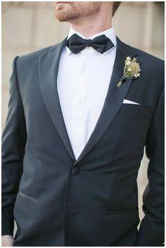 Groom in Hugo Boss tuxedo | Arizona Biltmore Wedding | Phoenix Wedding Planner | Megan Dileen Events