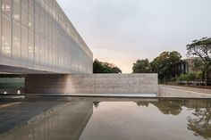 mira arquitetos houses CRM HQ in a metallic floating volume