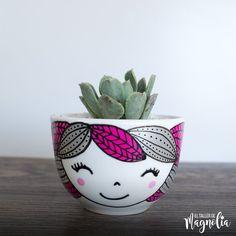 Flower Pot Art, Flower Pot Design, Flower Pot Crafts, Painted Plant Pots, Painted Flower Pots, Bottle Art, Bottle Crafts, Pottery Painting Designs, Ceramic Painting