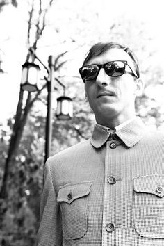 The Mao Suit and the Nehru Jacket Creative-iron, wrought iron furniture and home decor Military Dresses, Nehru Jackets, Iron Furniture, Classic Man, Fit S, Wabi Sabi, Jacket Style, Mens Suits, Parisian