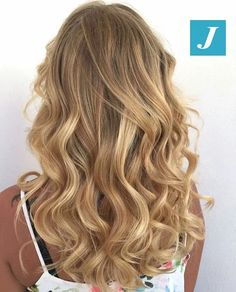 Capelli biondi e Degradé Joelle! #cdj #degradejoelle #tagliopuntearia #degradé #igers #musthave #hair #hairstyle #haircolour #longhair #ootd #hairfashion #madeinitaly #wellastudionyc #workhairstudiovittorio&tiziana #roma #eur