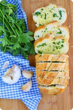 Parmesan Herb Garlic Bread Recipe.  So many great things in one bread! @comfortcooking