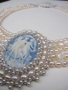 """berengia: """" Cameo & Pearls """" - Pela mão do homem as jóias que a natureza nos dá, transformam-se noutras jóias."""