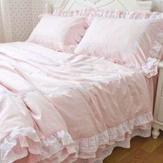 Sweet Ruffle Duvet Cover Set. Shabby Chic Bedding. Cottage Bedding. Louis XV bedding. eighteenth century France bedding