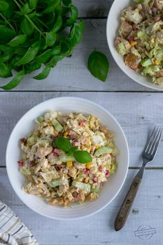 Sałatka z kapustą pekińską, kurczakiem i fetą – Smaki na talerzu Pasta Salad, Feta, Healthy Recipes, Ethnic Recipes, Crab Pasta Salad, Healthy Diet Recipes, Health Recipes, Healthy Eating Recipes, Healthy Food Recipes