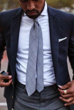 ネイビージャケット,ネクタイ,メンズファッション着こなしコーデ