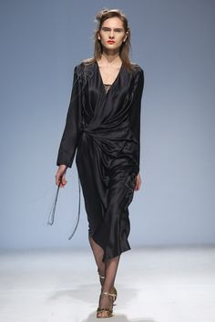 Bekh Kiev Fall 2016 Fashion Show
