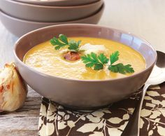 Zoeteaardappelsoep met knoflook | Gezond eten magazine