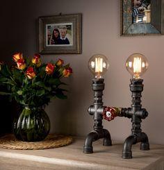 LUXMA - handgemaakte in UK tafel Lamp industriële stijl ijzeren pijpen met dimmer en E27 40W Edison antieke lampen - ronde doek Wire - UK stekker