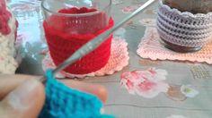 Tejer funda de vaso a crochet en puntos altos dejando cadeneta muy facil