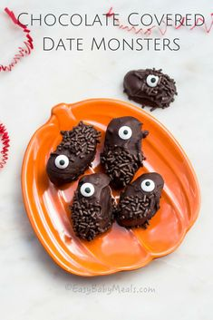 An easy, delicious and healthy snack for everyone in the family. These Chocolate Covered Date Monsters are perfect for this Halloween. www.easybabymeals.com
