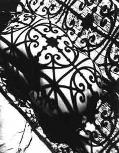 Negresco Balcony,1934 [Lisa Fonssagrives] by  Fernand Fonssagrives //form fitting shadow//