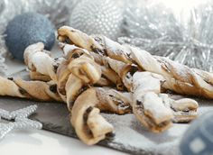 Try these festive mince pie twists for a great snack for the Christmas period. Made with Jus-Rol shortcrust pastry sheets, these mince pie twists are delicious.