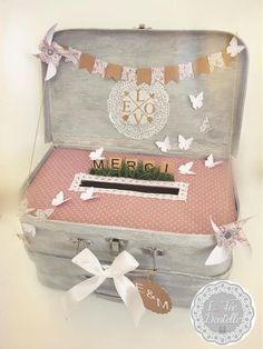 Urn double suitcase for marriage ceremony, baptism - Wedding Gift Card Box, Diy Card Box, Gift Card Boxes, Wedding Boxes, Wedding Table, Wedding Cards, Diy Wedding, Rustic Wedding, Wedding Ideas