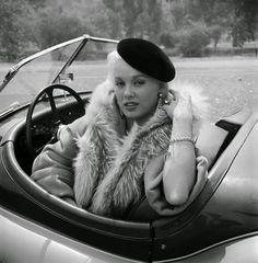 Mamie Van Doren (morgan?? she's so pretty!)