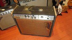 Vintage Circa 1967 Magnatone Estey T32 Combo Amp