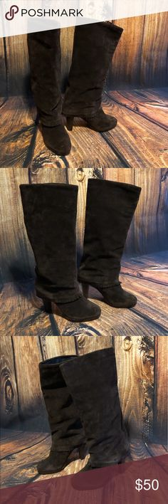 """Matisse Dark Brown Suede Boots 😁😙😁 Dark brown suede boots by Matisse! Fun fold over with """"fringe"""" design! Unique boot! Has hidden zipper under fold of boot (see pic) for easier on-off. Looks great with a sweater! Or looks cute with skinny jeans tucked in & your favorite sweater!  Shows normal suede wear & rub spots (see pics). Worst of wear is above sole near toes & on the upper of both boots near seam (see pics). Overall great used condition!!  Size: 8  Heel Height: 4 in (1/2 in…"""