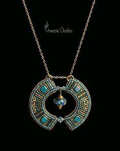 "Fair Masters - handmade Pendant ""The balance of water. Seed Bead Jewelry, Bead Jewellery, Beaded Jewelry, Beaded Necklace, Bead Embroidery Jewelry, Beaded Embroidery, Ideas Joyería, Beaded Brooch, Beads And Wire"