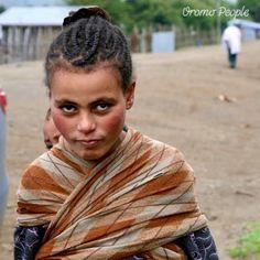 An Oromo girl near Wanchi Lake, Wolliso, Oromia, Ethiopia. #oromopeople #oromo #oromia Oromo People, Ethiopia, Dreadlocks, History, Hair Styles, Beauty, Hair Plait Styles, Historia, Hair Makeup