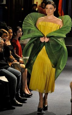 by Dita Sandico Ong Modern Filipiniana Gown, Social Climber, We Wear, How To Wear, Green Fashion, Piece Of Clothing, Mother Of The Bride, Fashion Show, Sari