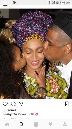Beyonce Shares Family Halloween Photos with Jay Z & Blue Ivy!: Photo Beyonce has taken to her official website to share a gallery of awesome family photos from her Halloween party. The entertainer and her family dressed… Estilo Beyonce, Beyonce Knowles Carter, Jayz Beyonce, Beyonce Memes, Solange Knowles, Blue Ivy Carter, Afro, Jay Z Blue, Fotografia