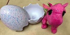 Based on the early reader Dragon Egg by Mallory Loehr Flannel Friday, Dragon Egg, Nursery Rhymes, Kids And Parenting, Piggy Bank, Storytelling, Fairy Tales, Eggs, Slogan