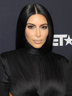Kim Kardashian's Stunning Contour At BET Honors — Exact Makeup