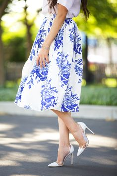 blue-floral-midi-skirt