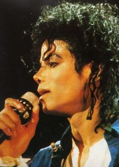 Singing the way you make me feel - bad tour