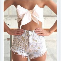 shorts, floral, studded, daisy, bow, crop top, strapless, fashion, summer, spring, denim - Wheretoget