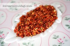 Sun Dried Tomato Paste With Sun Dried Tomatoes, Hazelnuts, Parsley, Olive Oil Tomato Paste Recipe, Turkish Recipes, Ethnic Recipes, Dried Tomatoes, Sun Dried, Meal Planner, Winter Food, Chana Masala, Appetizers