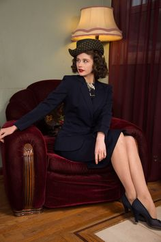 1940s Vintage Suit - Smart Navy Blue Gabardine Skirt Suit with Strong Shoulders…