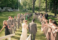 Intimate upstate New York wedding | photos by Gary Ashley with the Wedding Artists Collective | 100 Layer Cake