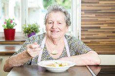 Babička Pechová umí i ze skromných surovin vykouzlit bohatou polévku