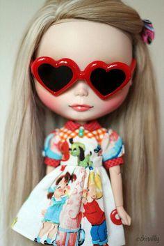 Blythe, heart glasses