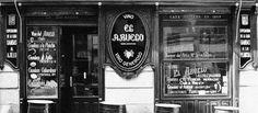 La Casa del Abuelo es una taberna tradicional de Madrid que desde 1906 ha ido enseñando a miles de españoles y extranjeros la cultura de la tapa.