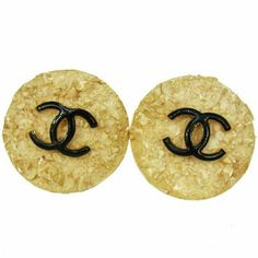 """AUTH VINTAGE  HUGE BUTTON EARRINGS BBG3163 """"It is 100% Authentic Item - Previously Owned but Good Condition,Please Check all the Photos!  Material: Gold-tone, Color : Gold ,,Size (Inch)W 1.9 """""""" x H 2.2 """""""",,  No Trade."""" CHANEL Jewelry Earrings"""