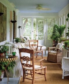 Bunny Williams - Manor House - Porches (from her book: An Affair with a House) Outdoor Rooms, Outdoor Living, Outdoor Furniture Sets, Wicker Furniture, Indoor Outdoor, Interior Exterior, Interior Design, Porch Veranda, Estilo Country