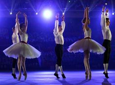 Sochi 2014 - Closing Ceremony - Dancers perform a celebration of Russian ballet during the 2014 Sochi Winter Olympics Closing Ceremony at Fish Olympic Stadium. Ballet Dance, Ballet Skirt, Winter Olympics 2014, Russian Ballet, Winter Games, Olympic Games, Summer 2015, Athlete, Dancers
